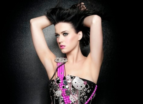 "Click Katy Perry to play ""California Gurls"""
